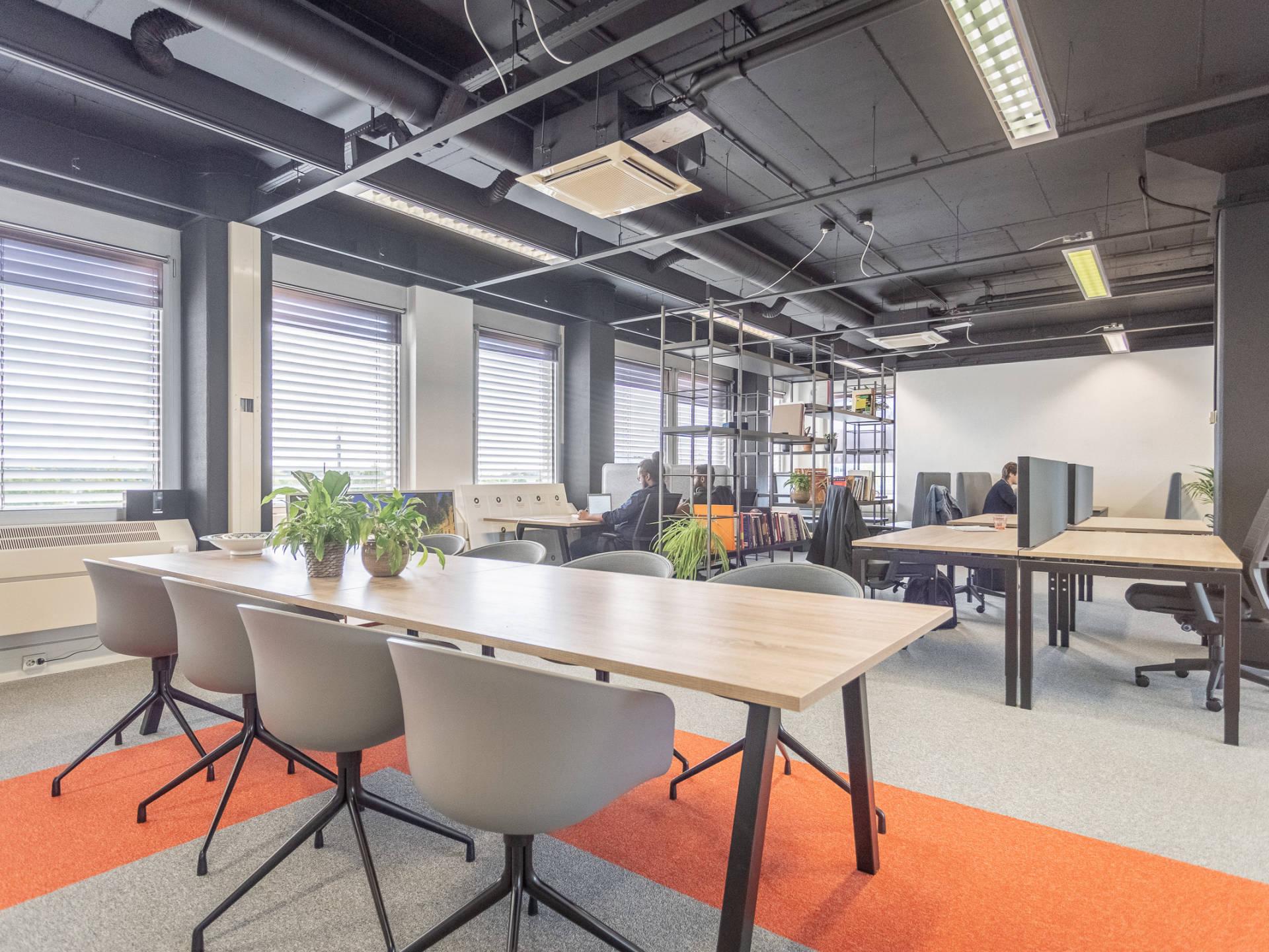 Holland Startup kiest voor een flexibele kantoorinrichting